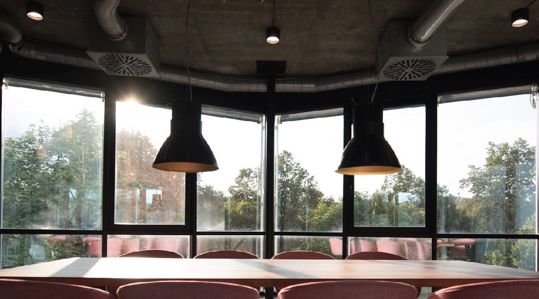 ADVANTAGES OF LED LIGHTING IN AIR CONDITIONED SPACES